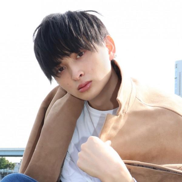 Taniya Ryoto 谷屋 亮斗